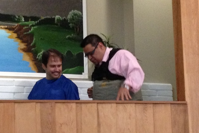 'Tremendous response': Preacher baptizes stepfather in seminar