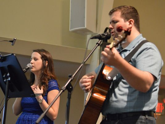 Murfreesboro church adds instrument to worship, goes denominational